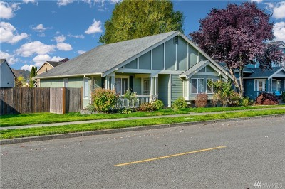 Monroe Single Family Home For Sale: 16120 Lakeview Ave SE