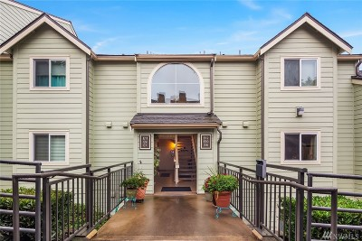 Bellevue Condo/Townhouse For Sale: 3819 130th Lane SE #E7