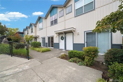 Duvall Condo/Townhouse For Sale: 14525 1st Lane NE #C1-E
