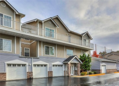 Renton Condo/Townhouse For Sale: 14120 SE 171st Wy #C303