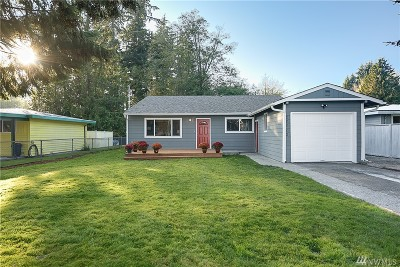 Lynnwood Single Family Home For Sale: 20902 59 Place W