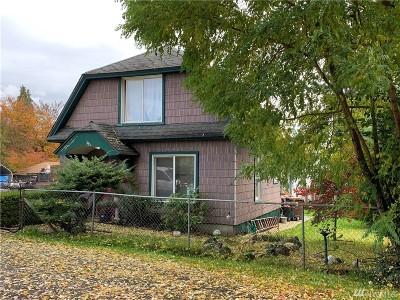 Tacoma Single Family Home For Sale: 8233 A St