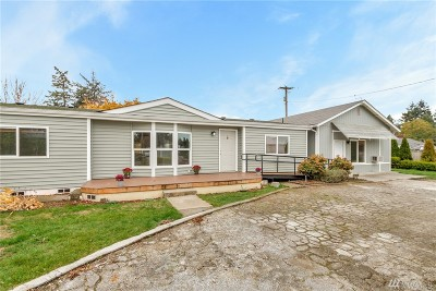 Spanaway Single Family Home For Sale: 16522 S A St