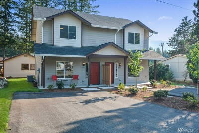 North Bend, Snoqualmie Condo/Townhouse For Sale: 45527 SE 141st St