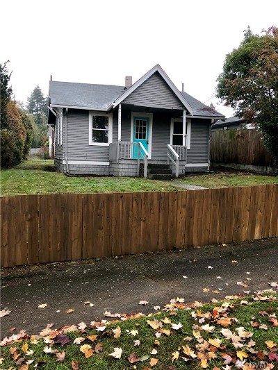 Bremerton Single Family Home For Sale: 2126 10th St