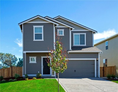 Puyallup Single Family Home For Sale: 18943 111th Av Ct E