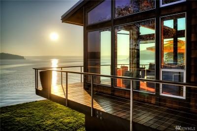 Single Family Home For Sale: 15860 NE North Shore Rd