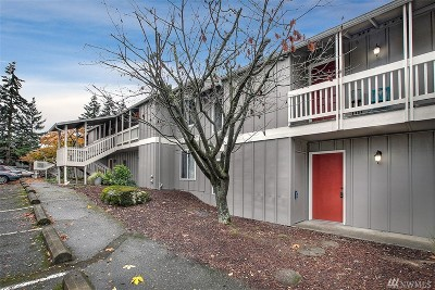 Mukilteo Condo/Townhouse For Sale: 5029 84th St SW #104