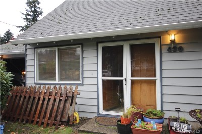 Seattle Single Family Home For Sale: 430 S 181st St