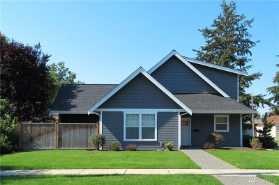 Lynden Single Family Home For Sale: 107 14th St