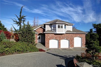 Skagit County Single Family Home For Sale: 1274 Hillcrest Dr