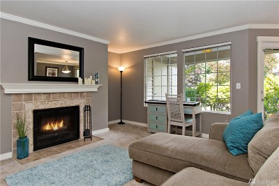 Kirkland Condo/Townhouse For Sale: 10015 NE 120th Lane #E-102