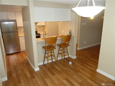 Bellevue Condo/Townhouse For Sale: 14510 NE 31st St #H-105