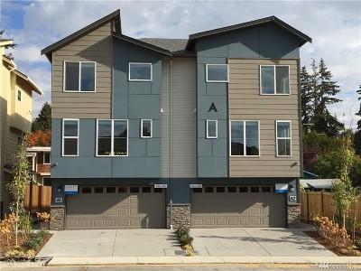 Lynnwood Condo/Townhouse For Sale: 15624 Meadows (Cv2#b1) Rd #2004
