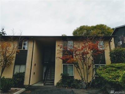 Kirkland Condo/Townhouse For Sale: 12520 NE 145th St #E42