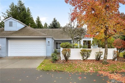 Issaquah Condo/Townhouse For Sale: 3610 225th Place SE #1375