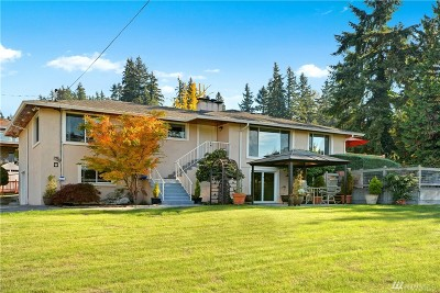 Sammamish Single Family Home For Sale: 444 E Lake Sammamish Pkwy NE