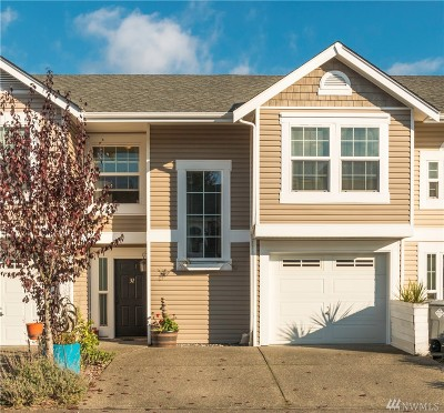 Puyallup Condo/Townhouse For Sale: 5913 111th St Ct E #32