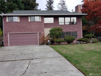 Single Family Home For Sale: 2182 Crosswoods Cir