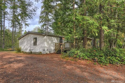 Poulsbo Single Family Home Pending: 2124 Seaholm Wy