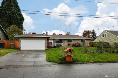 Enumclaw Single Family Home For Sale: 1958 Clovercrest St