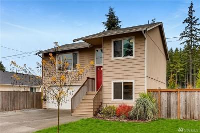 Sumner Single Family Home For Sale: 20617 Bonanza Dr E