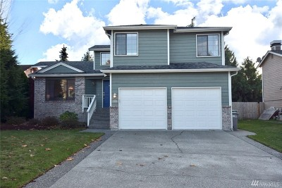 Lynnwood Single Family Home For Sale: 3326 208th Place SW