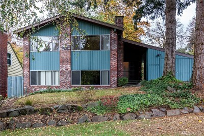 Seattle Single Family Home For Sale: 10520 9th Ave NE