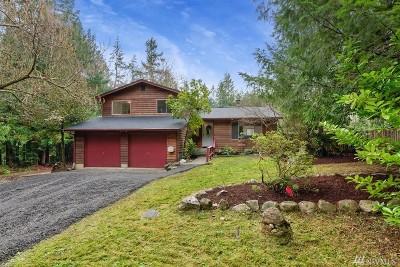Poulsbo Single Family Home For Sale: 5497 NE Laura Loop