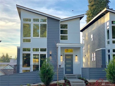 Bothell Condo/Townhouse For Sale: 18709 104th Ave NE #4