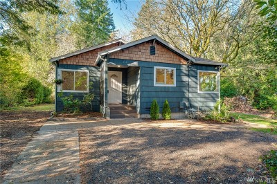 Bremerton Single Family Home For Sale: 215 Sunnyhill Rd W