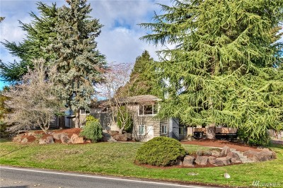 Lynnwood Single Family Home For Sale: 2829 Larch Wy