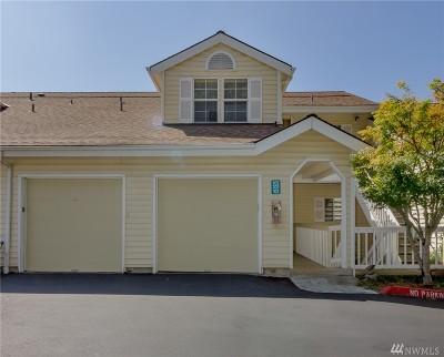 Bellevue Condo/Townhouse For Sale: 2640 118 Ave SE #7-302
