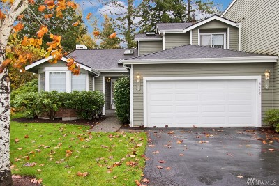 Issaquah Condo/Townhouse For Sale: 4112 244th Lane SE