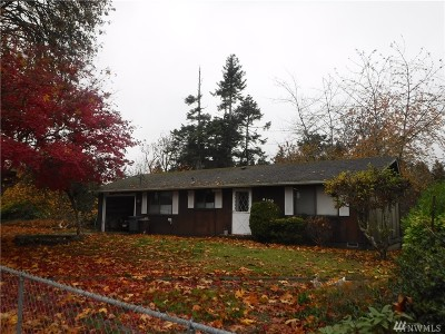 Port Orchard Single Family Home Pending Inspection: 3170 Banner Rd SE