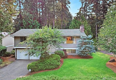 Sammamish Single Family Home For Sale: 733 218th Ave NE