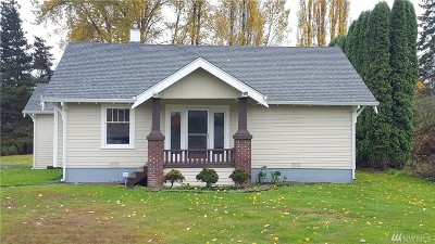 Centralia Single Family Home For Sale: 304 South St