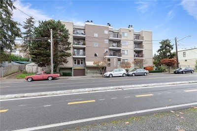 Seattle Condo/Townhouse For Sale: 3045 20th Ave W #103