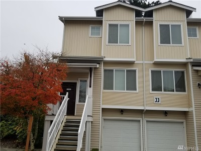 Bothell Condo/Townhouse For Sale: 14915 38th Dr SE #1180