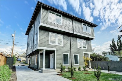 Everett Condo/Townhouse For Sale: 3317 Wetmore Ave #D