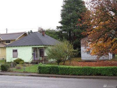 Montesano Single Family Home For Sale: 216 S Academy St