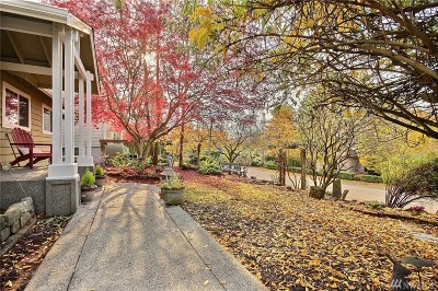 Mercer Island Single Family Home For Sale: 3010 67th Ave SE