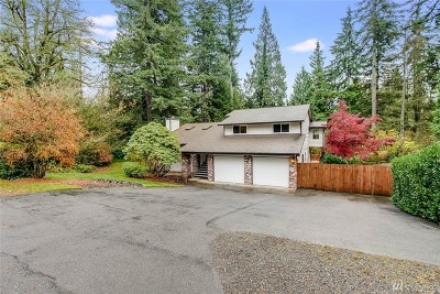 Issaquah Single Family Home For Sale: 25435 SE Mirrormont Dr