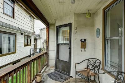 Everett Single Family Home For Sale: 2314 Rockefeller Ave