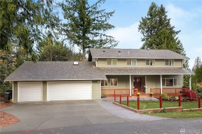 Issaquah Single Family Home For Sale: 185 Mt Olympus Dr NW