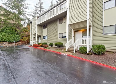 Issaquah Condo/Townhouse For Sale: 230 SW Clark St #C303