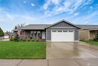 Nooksack Single Family Home Sold: 401 Westview Place