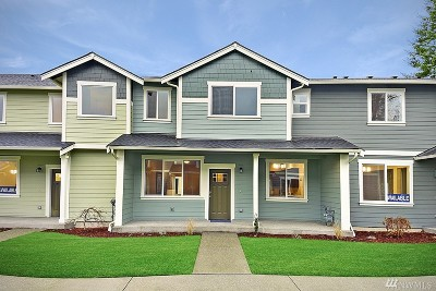Puyallup Single Family Home For Sale: 8341 174th St Ct E #Lot50