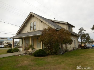 Anacortes Single Family Home For Sale: 820 26th St