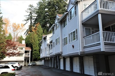 Redmond Condo/Townhouse For Sale: 8545 166 Ave NE #C315